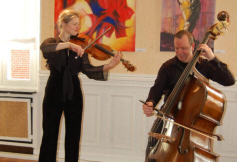 Das DuoConviol begeisterte am Sonntag im Olfonium.